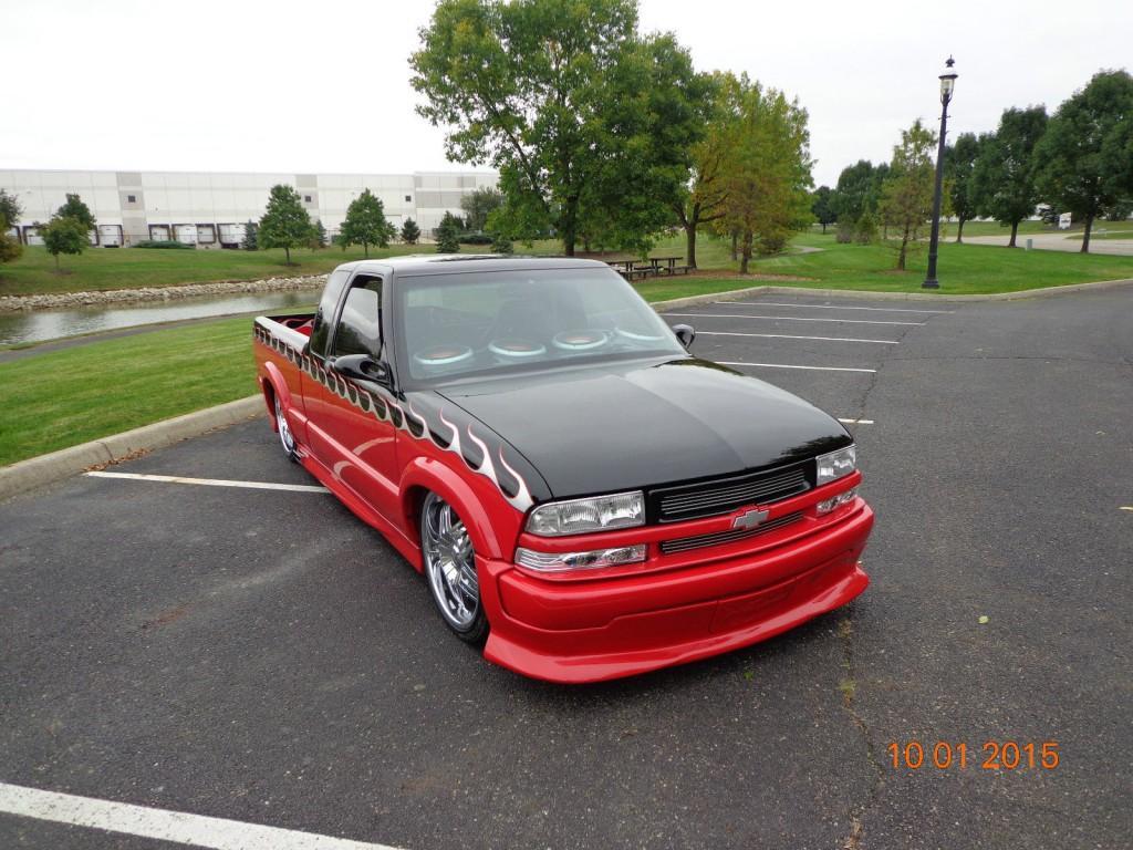 2000 Chevrolet S 10 XTREME