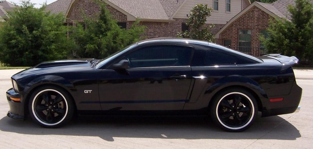 2005 Ford Mustang GT Cobra Kit