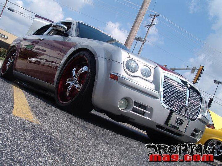 2005 Chrysler 300C Burberry Edition Former DUB Magazine car